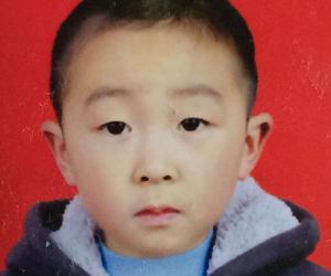乐观向上的轮椅少年——记郧县城关镇第二完全小学四年级 王世明
